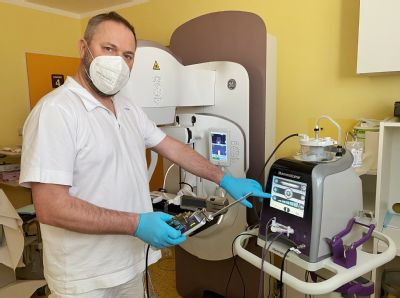 Zhoubný nádor, který nejde ani nahmatat, lokalizují specialisté  z AGEL Diagnostického centra pomocí šetrného radioaktivního zrna